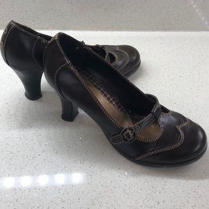 XAppeal brown heels